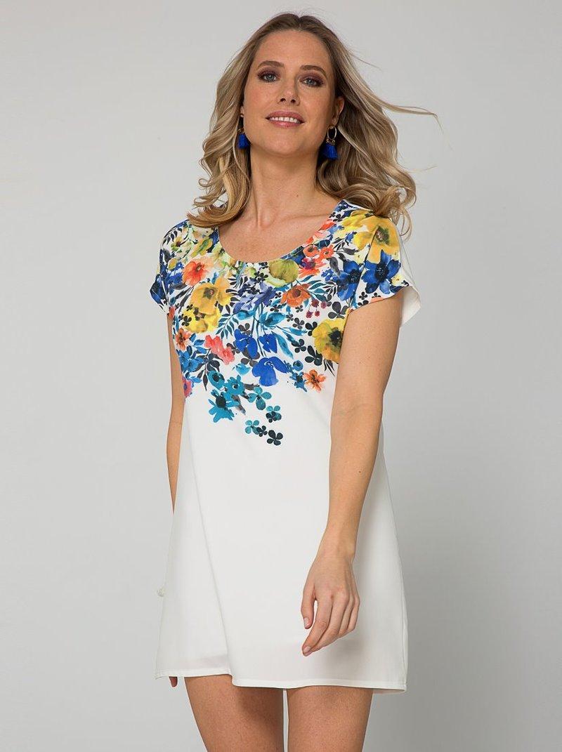 Vestido de manga corta floral acabado satinado