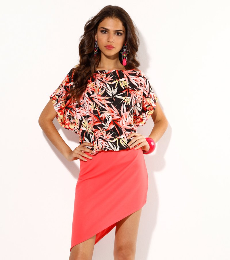 Vestido mujer manga corta con falda asimétrica