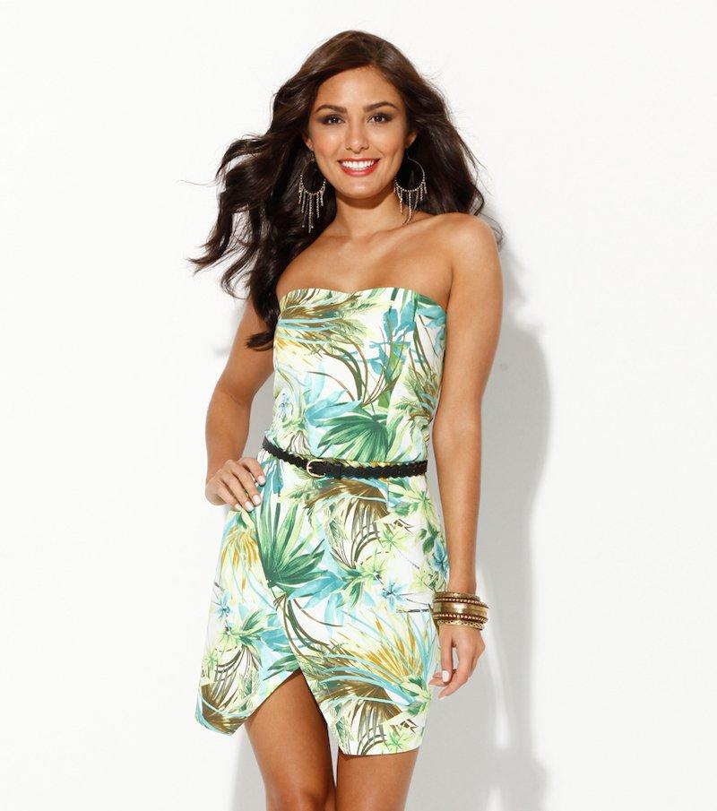 Vestido mujer palabra de honor estampado tropical