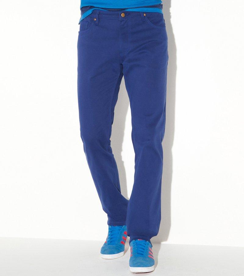 Pantalón stretch en color hombre