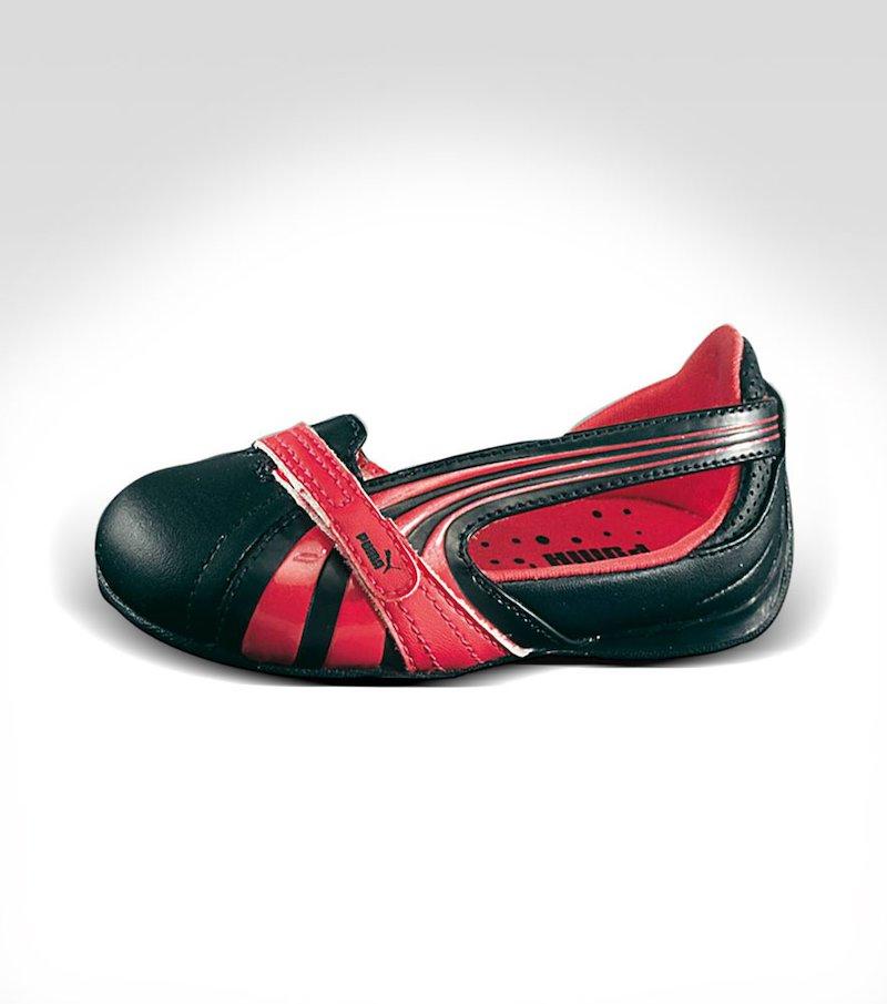 Zapatos 'Espera III Dazzle' de PUMA. Niños