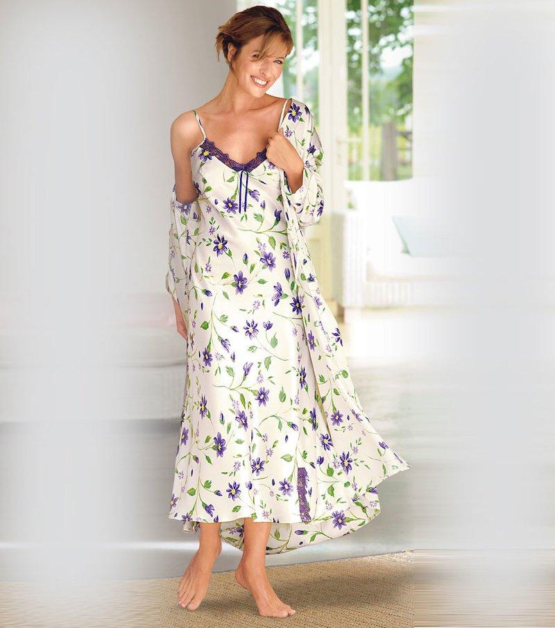 Bata larga mujer tejido satén