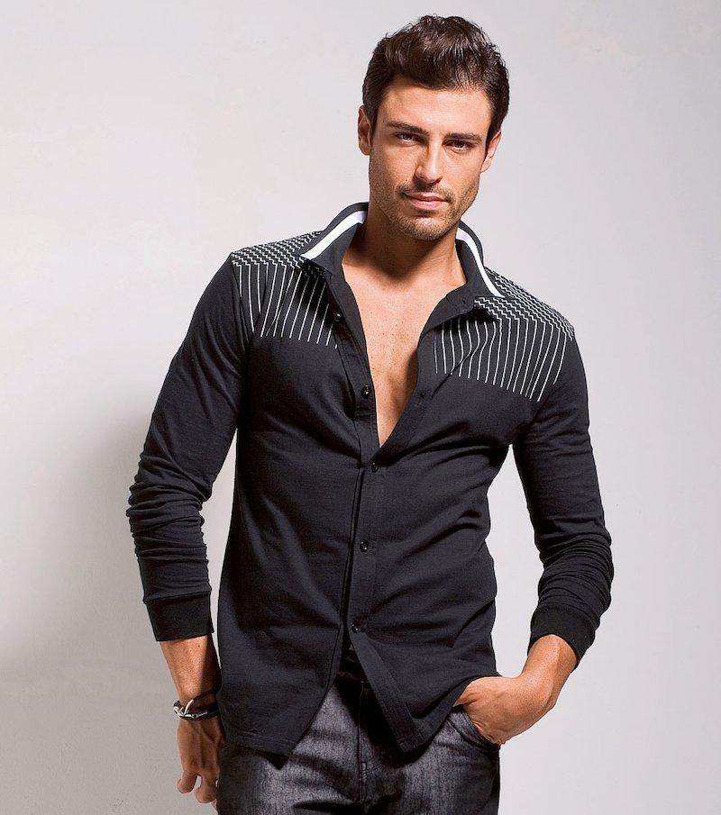 Camisa  de  Punto  Con  clásico  cuello  camisero