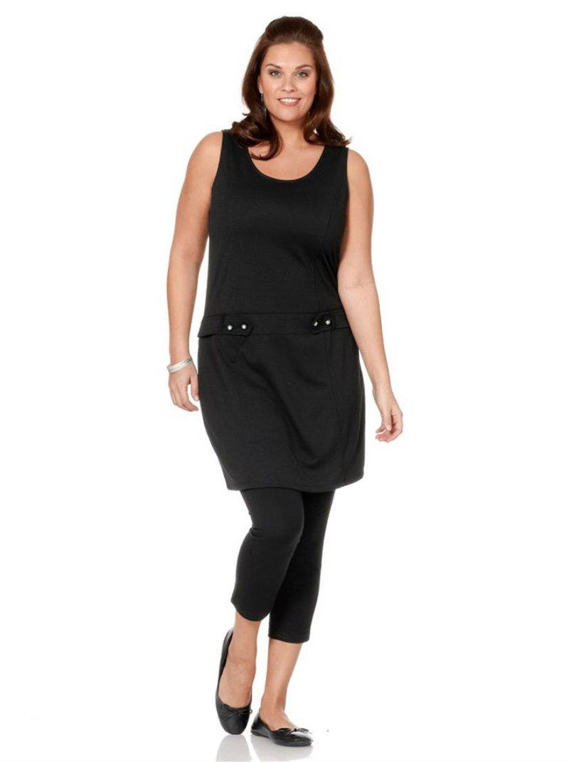 Vestido escote redondo sin mangas con trabillas y botones