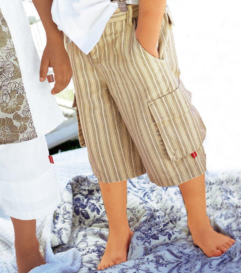 Pantalón bermuda niño multibolsillos