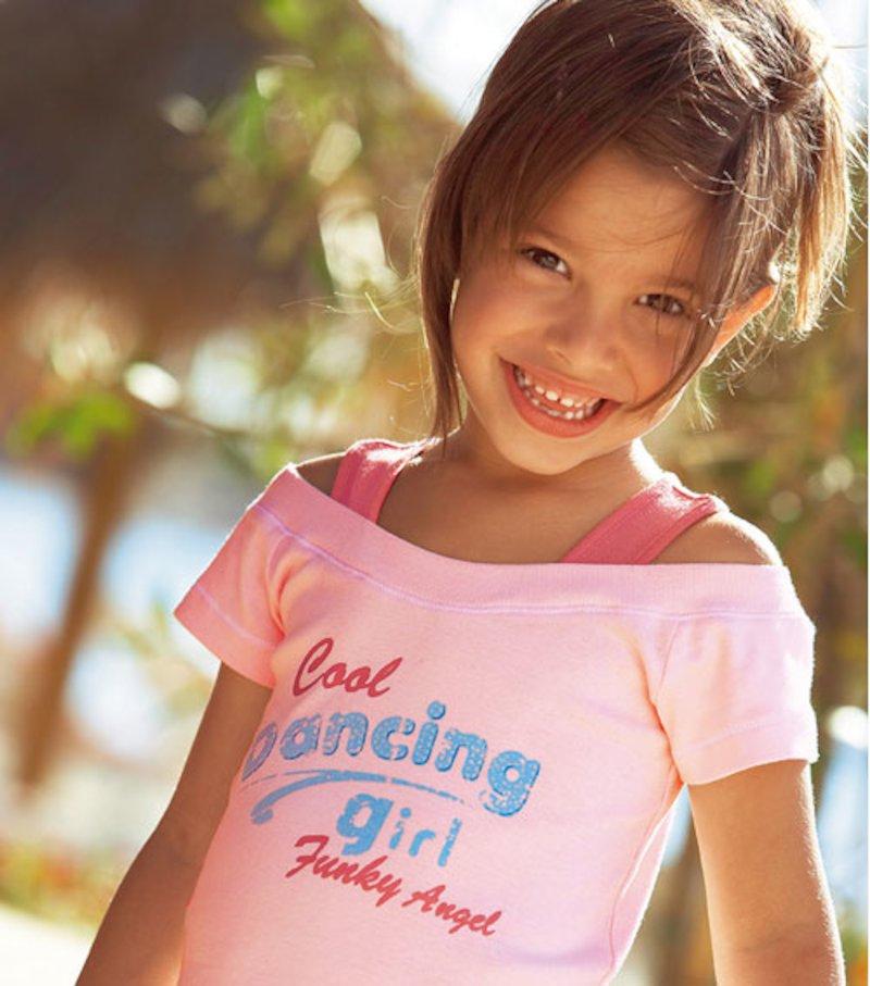 Conjunto niña de camiseta y short