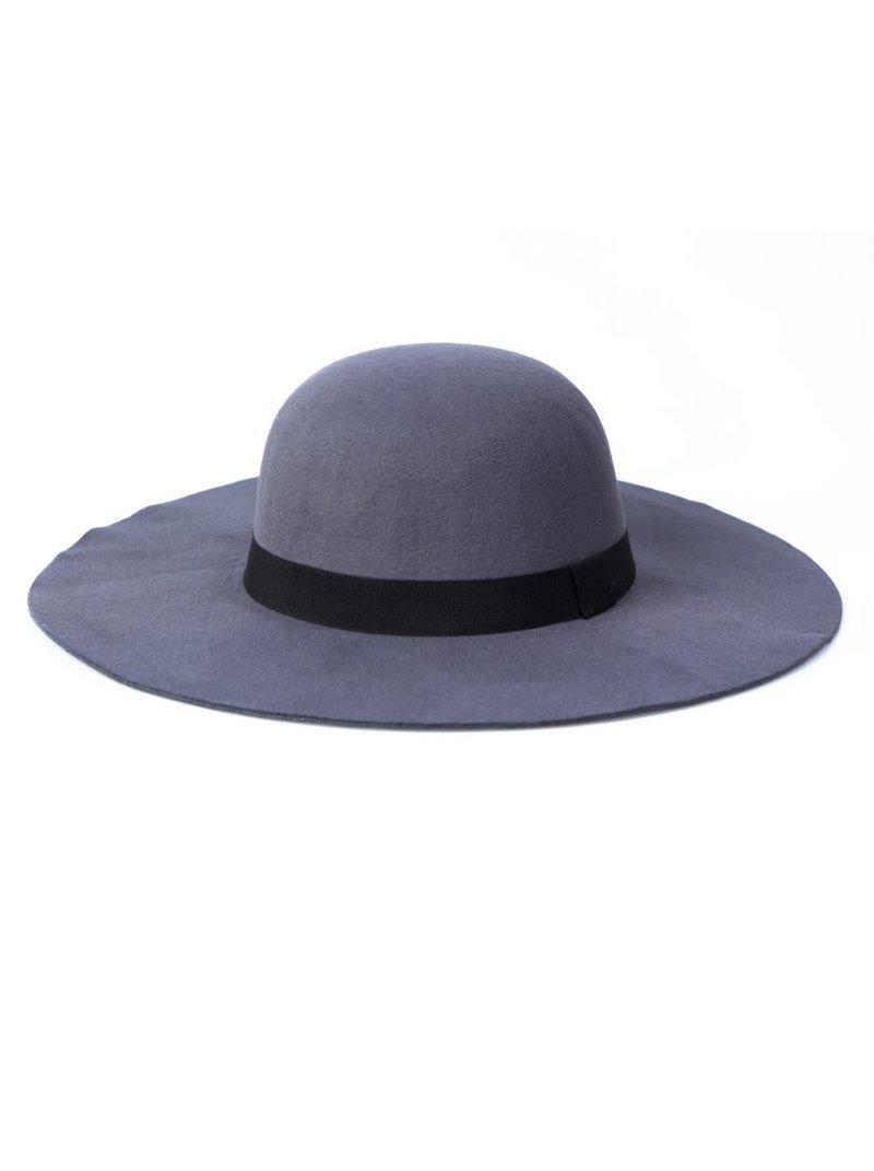 Sombrero pamela de fieltro gris