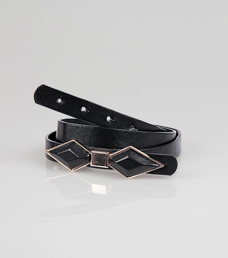 Cinturón de mujer símil piel con lazo