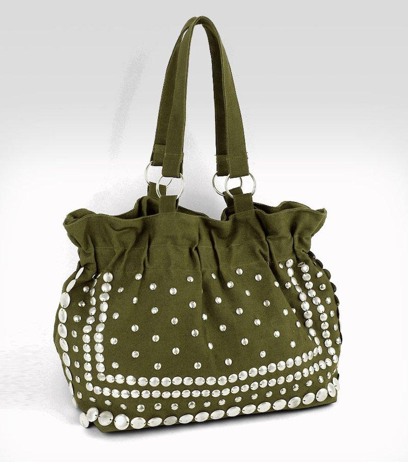 Bolso mujer de tejido con tachuelas metálicas