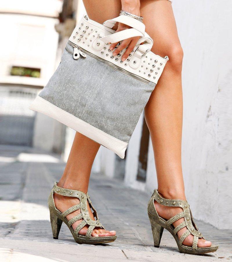 Bolso mujer con tachuelas símil piel