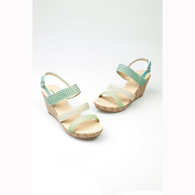 Sandalias de cuña y plataforma con tiras trenzadas