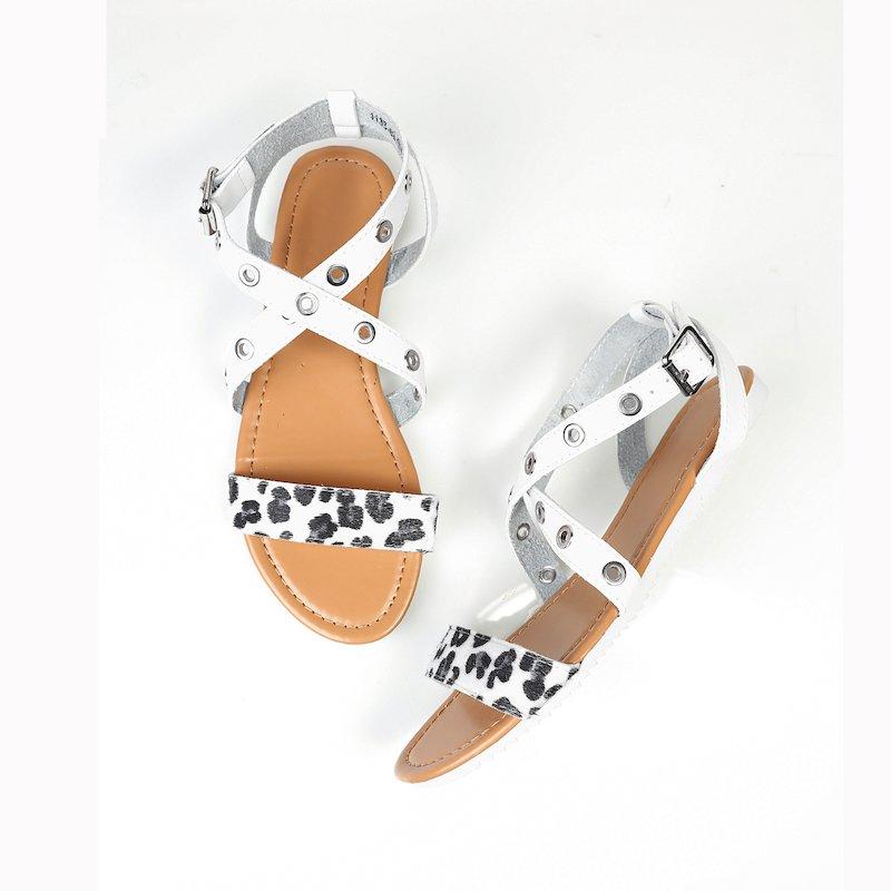 Sandalias planas mujer con detalle leopardo