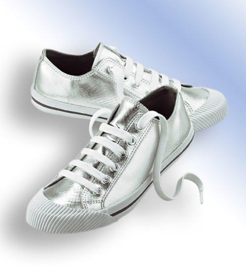 Zapatillas deportivas plateadas