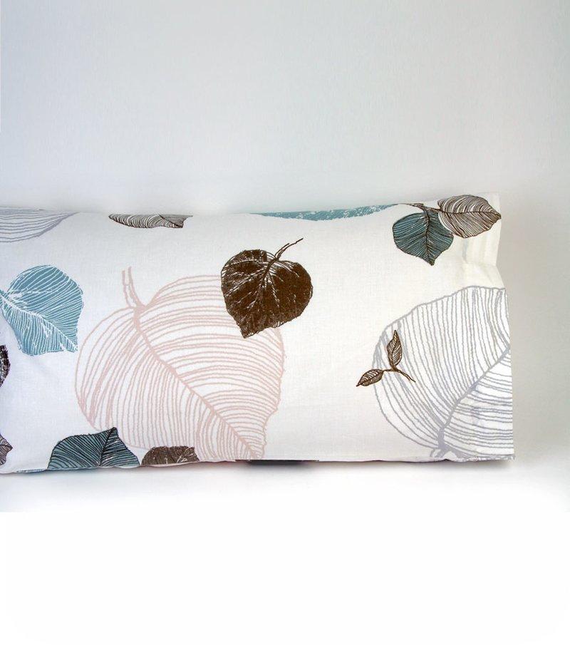 Funda de almohada modelo BOSQUE estampado con hojas