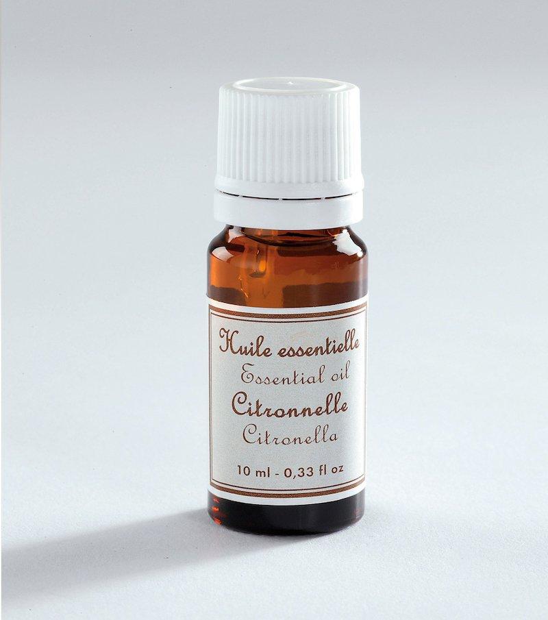 Aceite esenciales con aroma a citronela