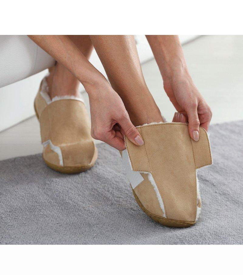 Zapatillas confort abiertas cierre autoadherente