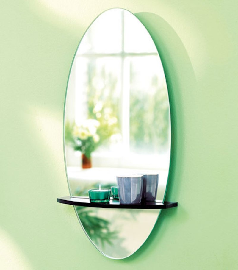 Espejo ovalado con bandeja