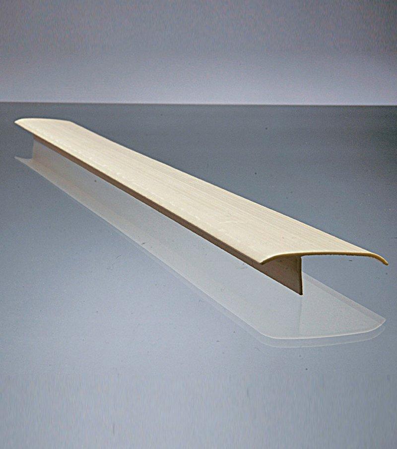 Barra de unión entre muebles