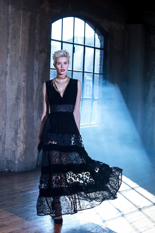 LONG DRESS VELVET AND LACE