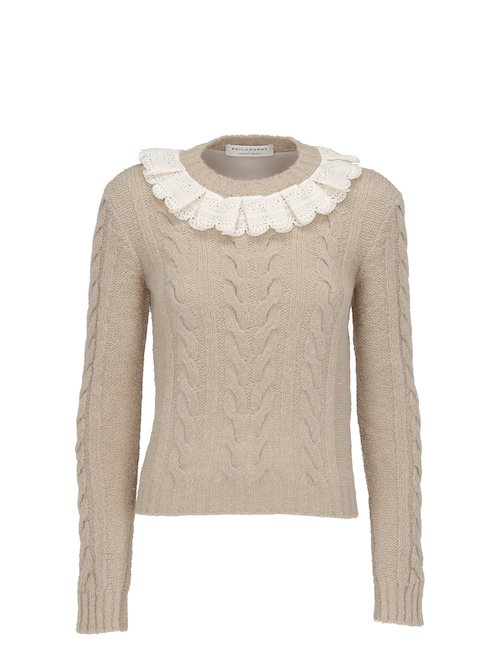 Ruffled sweater with Lace Details