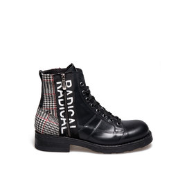 Frank<br />Desert boot two-material tartan