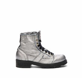 John half boot in silver laminated fabric