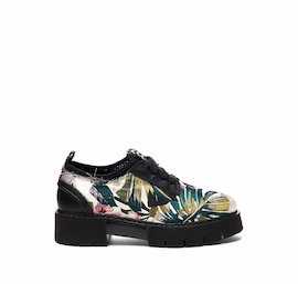 Amtrac shoe in floral fabric