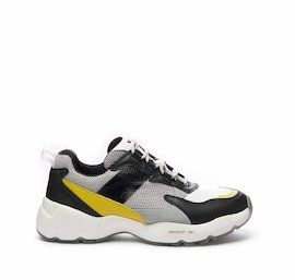 Airdrop running shoe in mixed materials with yellow detail