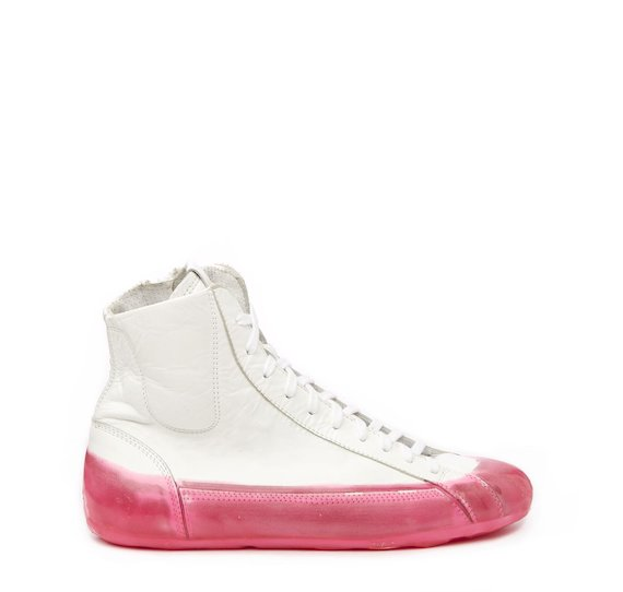 White leather mid-top sneaker with fuchsia coating