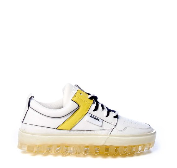 Women's BOLD low-top white leather trainers with yellow detailing