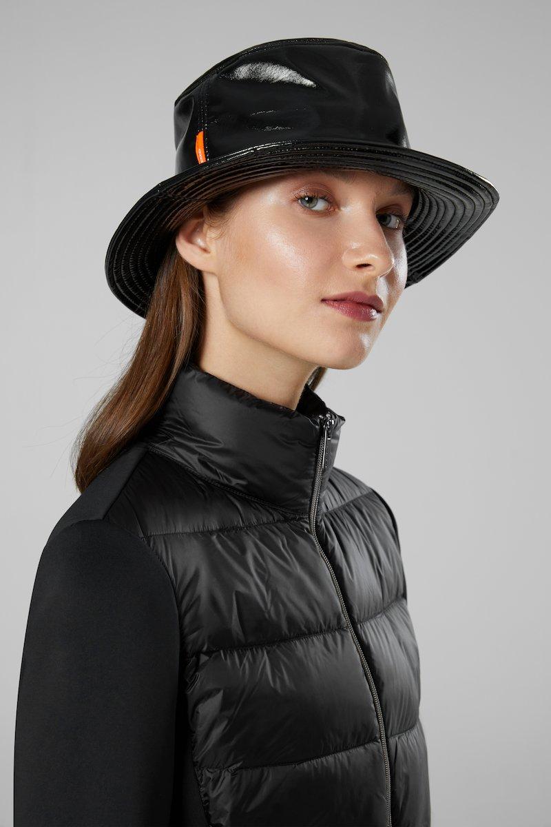 VARNISH CAP FISHERMAN LADY