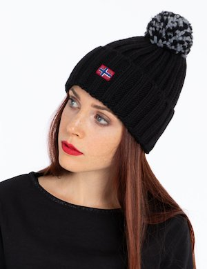 Cappello Napapijri invernale con pom pom
