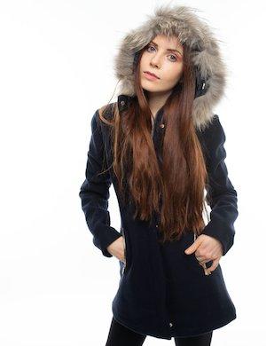 Cappotto con cappuccio e pelo ecologico