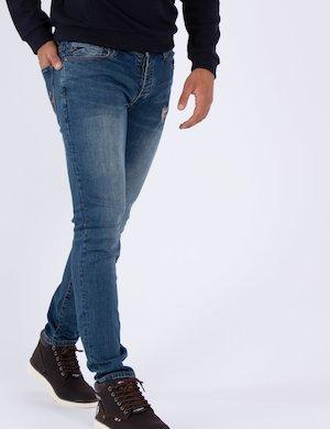 Jeans con strappi P601 F648 f