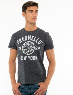 T-shirt Fred Mello con stampa effetto rovinato