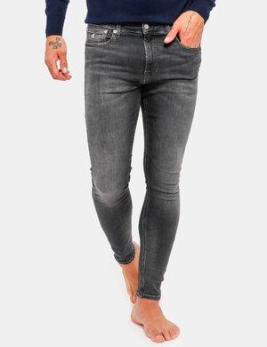 Jeans Calvin Klein con tasche