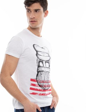 T-shirt Yes Zee con maxi stampa