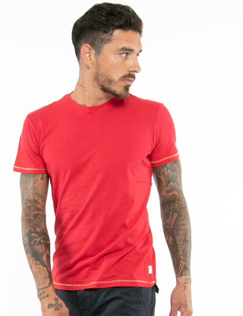 T-shirt Yas Zee con cuciture a contrasto - Rosso