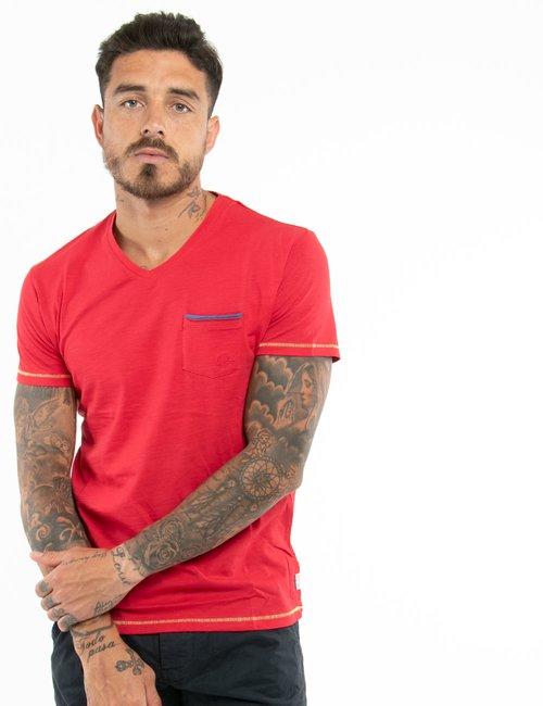 T-shirt Yes Zee con taschino e scollo a V - Rosso