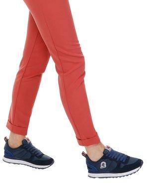 Sneaker Invicta stringata