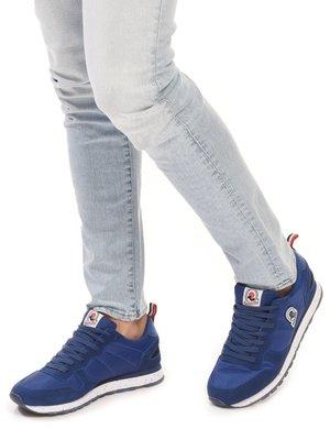 Sneaker Invicta con logo