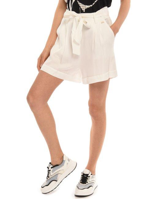 Shorts Yes Zee con cintura - Bianco