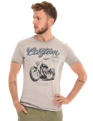 T-shirt Yes Zee stampa effetto consumato