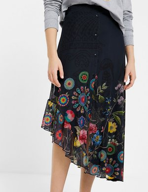 Gonna Desigual svasata con spacco