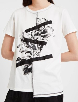 T-shirt Desigual con orlo irregolare