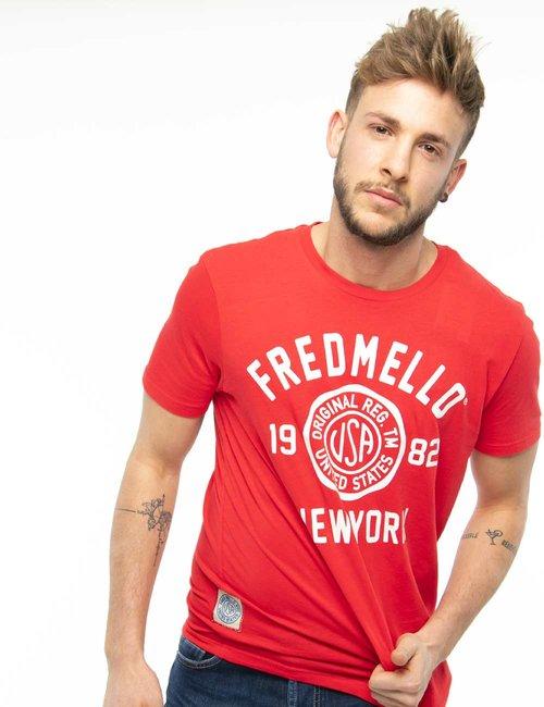 T-shirt Fred Mello con scritta effetto rovinato - Rosso