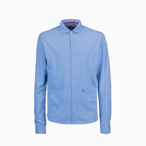 C114 man shirt with space-saving collar