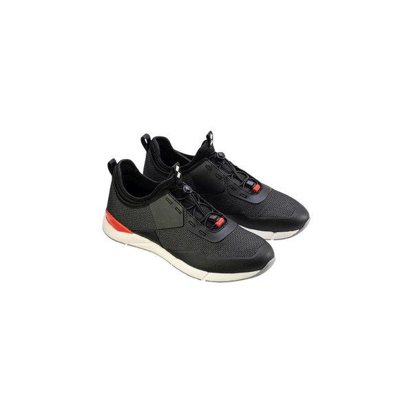 Zapatos técnicos Win-D con suelas que no dejan huella