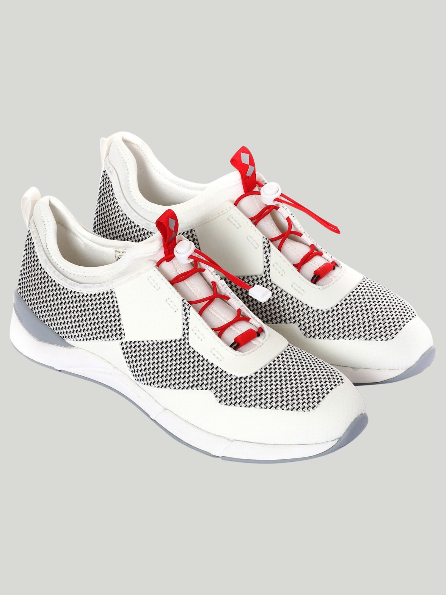 Wind-D Shoe - White