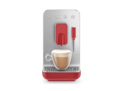 Cafetera Superautomática Roja BCC02RDMEU